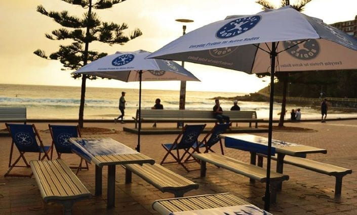 ExpandaBrand-Manly-printed-Deck-Chairs-for-event-branding