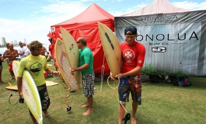 ExpandaBrand-3m-Gazebos-at-Surf-Events