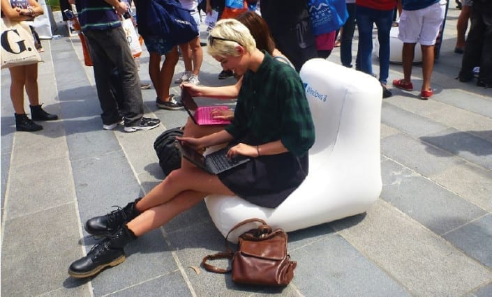 ExpandaBrand-Branded-Inflatable-Chairs_Event-Signage