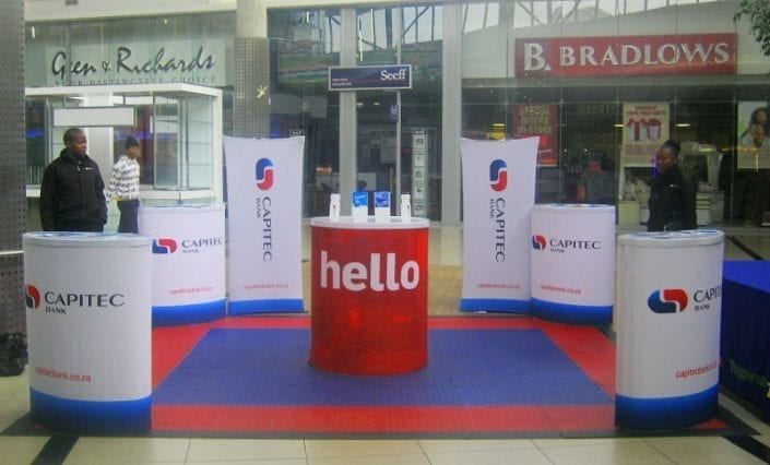 ExpandaBrand-Pop-up-Tables-and-Banner-Stands_Displays