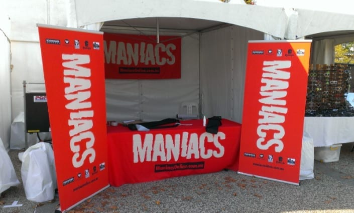 ExpandaBrand-Pull-Up-Banner-Stands-Maniacs