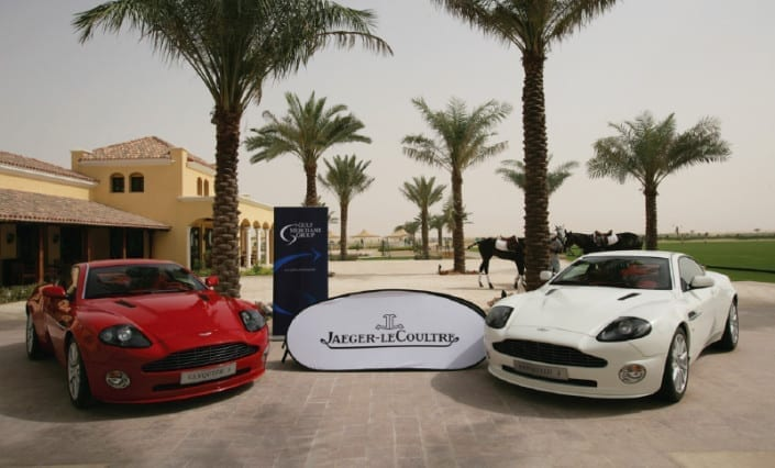 ExpandaBrand-Retractable-Banner-Stands-Jaguar