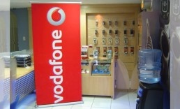 ExpandaBrand-Retractable-Banner-Stands-Vodaphone
