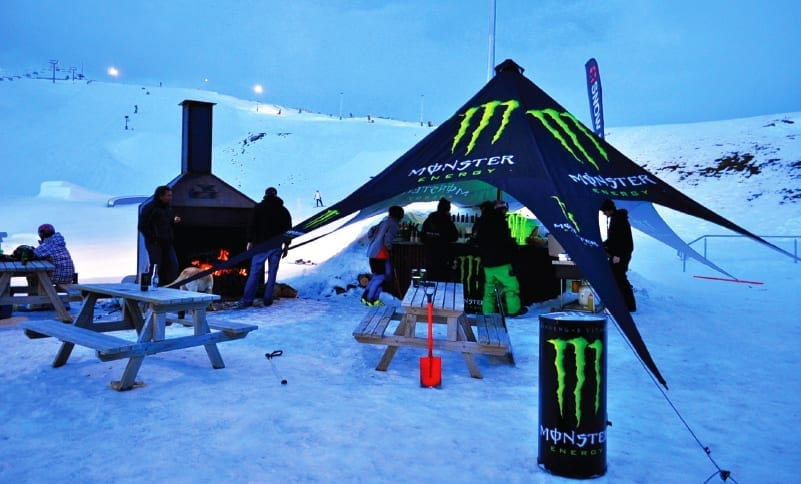 ExpandaBrand-Star-Tent_Monster