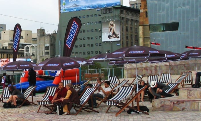 ExpandaBrand-Printed-Beach-Umbrellas-_Snickers